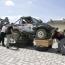 Sonderprüfung vor Publikum. Ziel: Ein Fahrzeug muss über ein gespanntes Stahlseil bewegt werden.